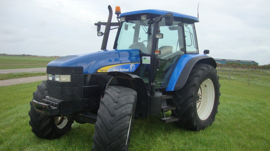 New Holland TM 130
